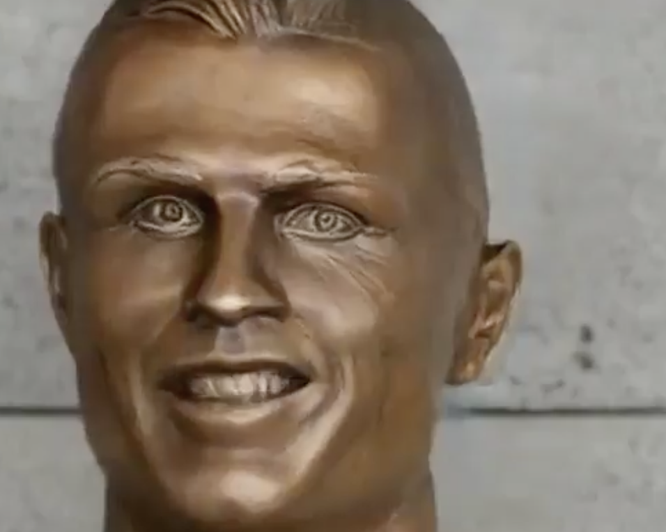 The weird Ronaldo statue now even weirder